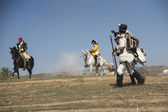 Two French soldiers wounded in combat are fleeing the battlefield in Representation of the Battle of Bailen — Stock Photo