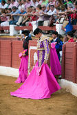 Bullfighter concentrated with the capote before starting the bullfight — Stockfoto