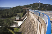 Expulsion of water after heavy rains in the reservoir of Puente Nuevo — Stock Photo