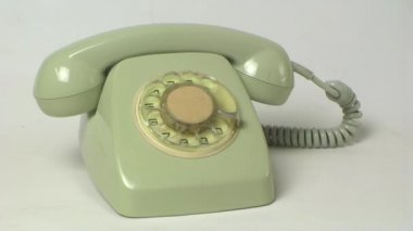 Dialing vintage telephone — Stock Video