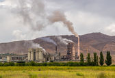 Power plant emissions — Stock Photo
