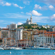 The old sea-port of Marseille and Notre Dame de la Garde at back, France — Stock Photo