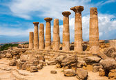 Ercole temple with dramatic sky in the Valley of the Temples, Agrigento, Sicily island, Italy — Stok fotoğraf