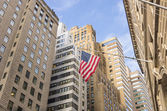 Bandiera americana a wall street, new york — Foto Stock