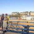 Couple watching Pier 39 in San Francisco — Stock Photo
