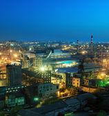 冶金工場の夜景 — ストック写真