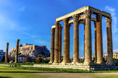 Ruins of ancient temple of Zeus, Athens, Greece — Stock Photo