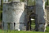 Ruins of the castle of Eaucourt-sur-Somme, France. — Stock Photo