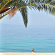 Palm tree with sea in background — Stock Photo