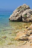 Beautiful beach with stones on Podgora, Croatia — Stock Photo