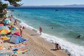 Beach scene in Podgora, Croatia — Stock Photo
