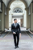 Step to success. Young businessman goes to work. — Stock Photo