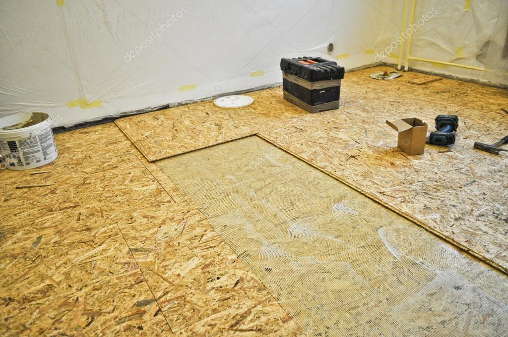 mobili in legno osb : Reconstru??o de um assoalho de madeira velha ? Fotografias de ...