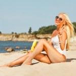 Girl on the beach — Stock Photo #34695543