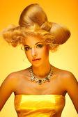 Gold beauty portrait — Stock Photo