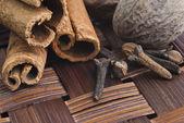 Cinnamon spice Sticks on wooden board close up — Stock Photo