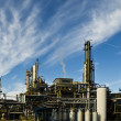 Oil refinery plant against blue sky — Stock Photo