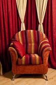 Kırmızı sandalye — Stok fotoğraf