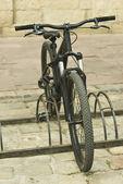 Bicicletta su strada — Foto Stock