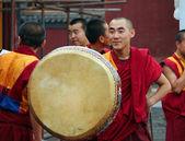 HOHHOT, INNER MONGOLIA - JULE 12: Monks are preparing for the an — Foto de Stock