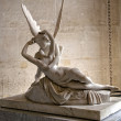 Psyche revived by Cupid's kiss, Louvre, Paris. — Stock Photo
