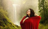 Beautiful woman in nature. Mountain — Stock Photo