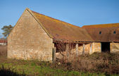 Old Cotswold barn — Stock Photo