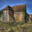 Warwickshire hay barn — Stock Photo