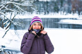 Girl winter snow — Stockfoto