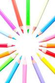 Buntstifte isoliert auf weißem hintergrund — Stockfoto
