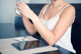 Woman Enjoying an digital tablet — Stock Photo