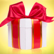 Gift box with bow — Stock Photo #39018837