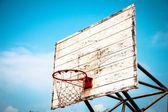 バスケット ボールのシューティング ゲーム (古いバスケット ボールのシューティング ゲーム) — ストック写真