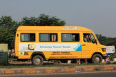 School Bus in Pune City — Stock Photo