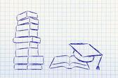 Books and graduation cap — Stock Photo