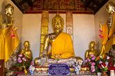 Statue de bouddha au wat prabattakpha — Photo