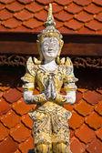 タイの寺院でタイの天使 — ストック写真