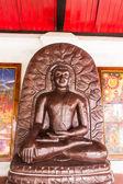 Statua di buddha in wat phra quel hariphunchai — Foto Stock