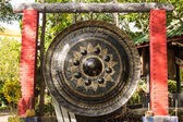 Big Gong in Wat Mokkanlan , Chomthong Chiangmai Thailand — Stock Photo