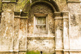 Shan style temple old windows in Wat Papoa , Chiangmai Thailand — Stock Photo