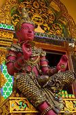 Sochy thajské chrám Višnu — Stock fotografie