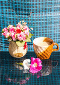 Still Life , Coffee Cup  With  Rose Plastic And Petunia flowers — Stock Photo