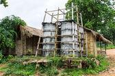 Torre di cemento acqua, campagna in thailandia — Foto Stock