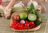 "Asian herb and spicy ""Tom Yum"" ingredients food — Stock Photo"