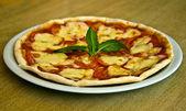 Pizza Margarita — Stock Photo