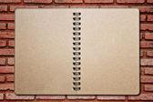 σημειωματάριο για το brickwall — Φωτογραφία Αρχείου
