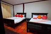Moderne Zimmer im hotel — Stockfoto