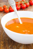 Plate of minestrone soup with cherry tomato — ストック写真