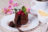 Chocolate fondant with raspberries — Stock Photo
