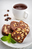 Chocolate salami with hot chocolate — 图库照片